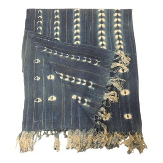 Vintage African Blue and White Yoruba Reversible Artisanal Cloth With Fringes For Sale