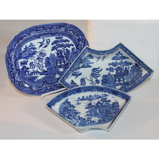 Adirondack 19th-20th Century Blue Willow Collection, 9 Pcs For Sale - Image 3 of 10