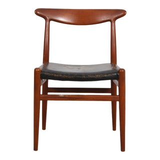 Hans Wegner Danish Teak & Leather Dining Chair / Accent Chair For Sale