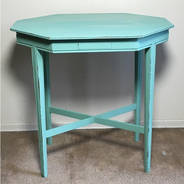 The seller says: This gorgeous side table is perfect for coffee, magazines or plants by your window! Sturdy, with nice...