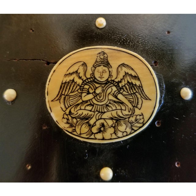 18th Century Anglo-Indian Vizigapatam Pocket Watch Display Box For Sale - Image 4 of 13