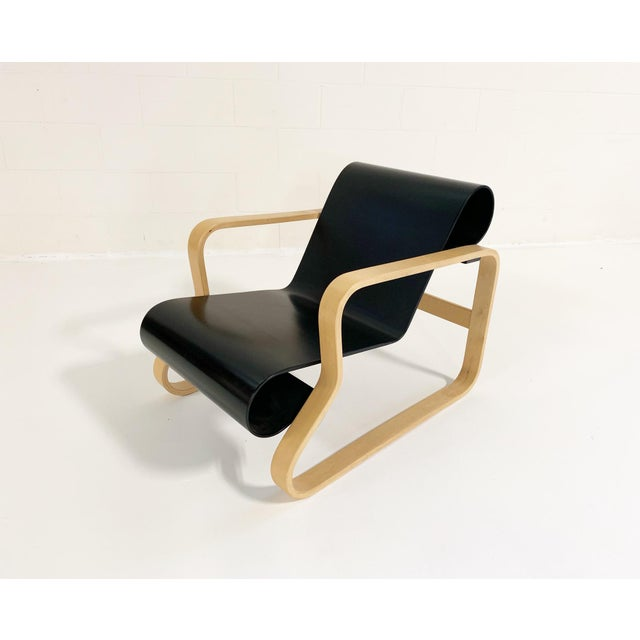 "Mid-Century Modern Alvar Aalto Armchair 41 ""Paimio"" Lounge Chair For Sale - Image 3 of 11"
