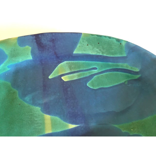 1990s Vintage 1990's Contemporary Organic Modernist Abstract Expressionist Studio Pottery Oval Serving Platter For Sale - Image 5 of 13