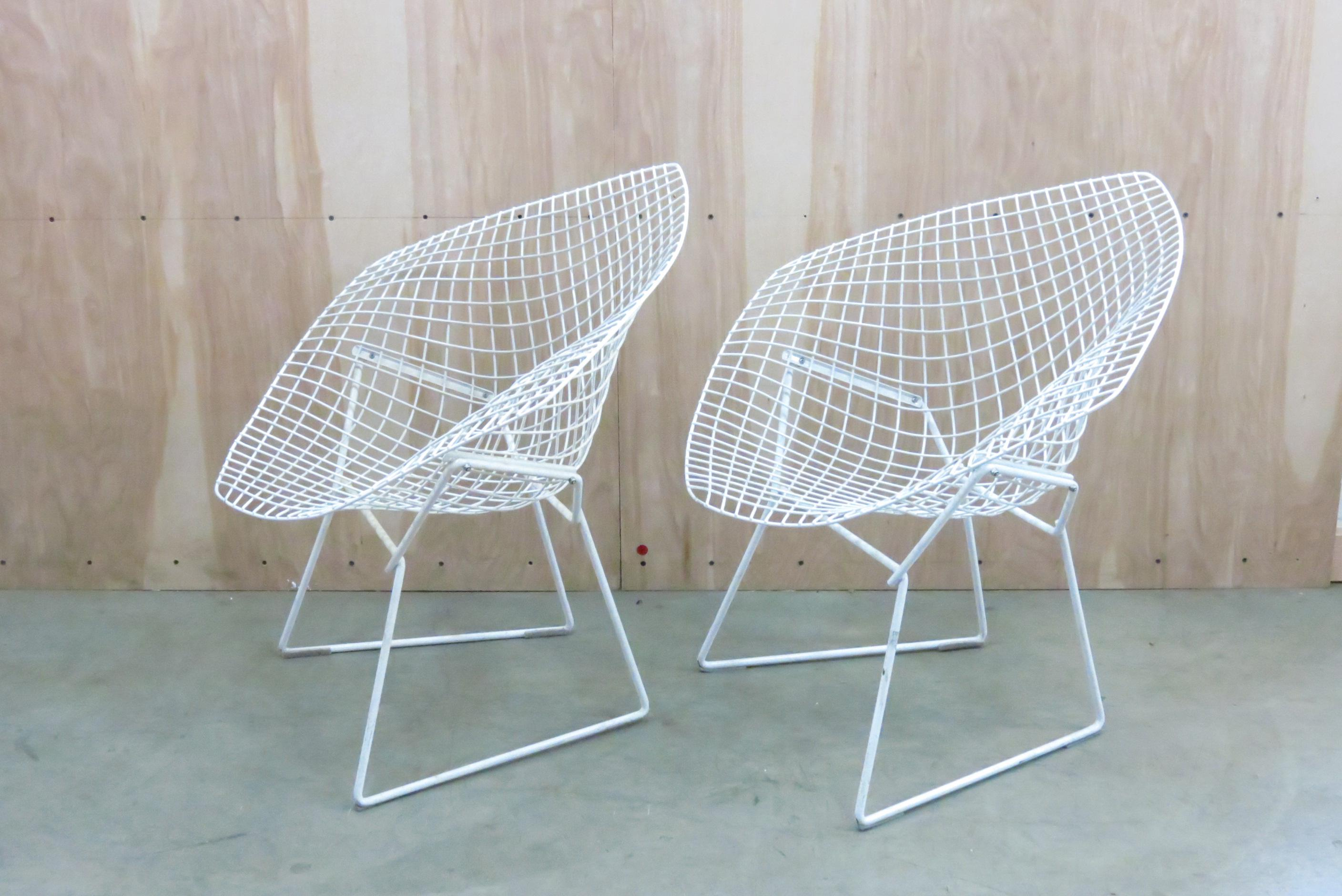 Vintage MODERN Pair Of Small Harry Bertoia Diamond Chairs Manufactured By  Knoll. A Classic,