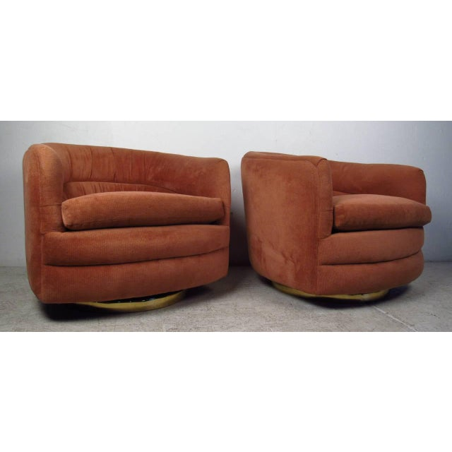 Mid-Century Modern Milo Baughman for Thayer Coggin Swivel Tub Chairs - A Pair For Sale - Image 3 of 7