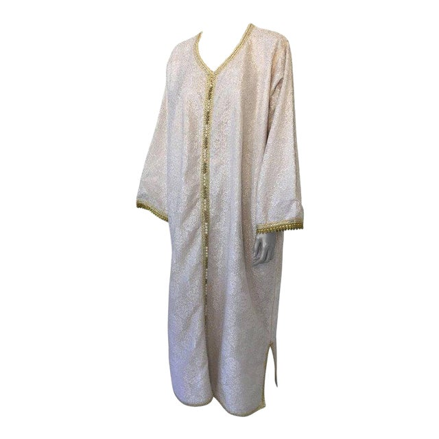 Moroccan Vintage Caftan in White and Gold Lace 1970s Kaftan Maxi Dress Large For Sale