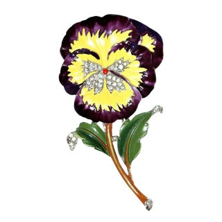 Circa 1940s Trifari Jeweled & Enameled Pansy Brooch For Sale