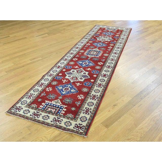 Shahbanu Rugs Wool Handmade Tribal Design Kazak Runner- 2′8″ × 9′9″ For Sale - Image 4 of 12