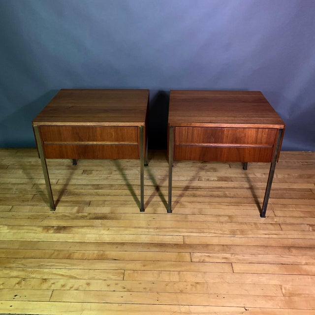 1940s Pair Edmund Spence Walnut and Brass End Tables, Sweden 1945 For Sale - Image 5 of 11