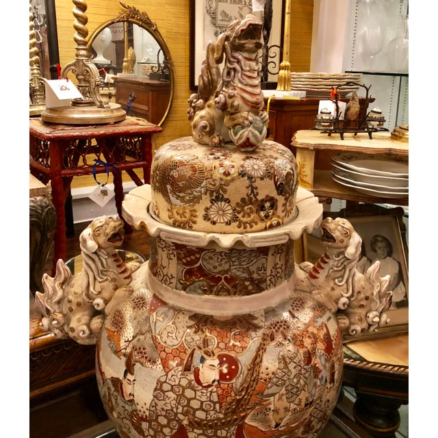 Superb Antique Satsuma Pottery Covered Urn For Sale In Los Angeles - Image 6 of 7