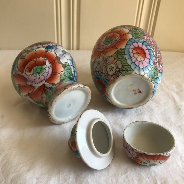 Chinoiserie Ceramic Ginger Jars - A Pair - Image 7 of 8