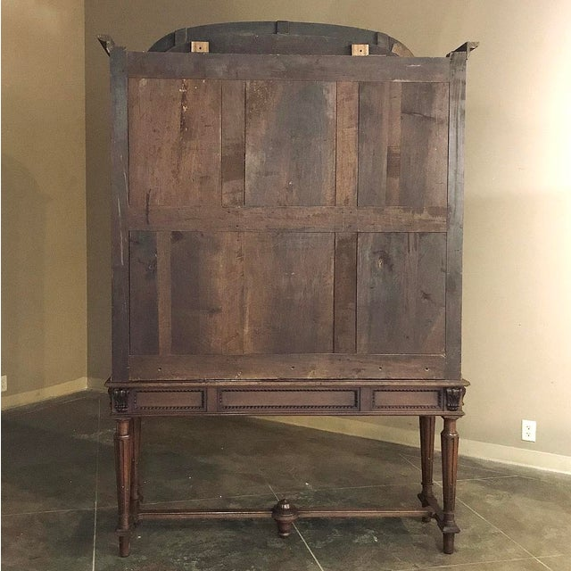 19th Century French Louis XVI Mahogany Bookcase ~ Vitrine For Sale - Image 11 of 12