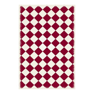 Red & White Diamond European Design Rug - 4' X 6'