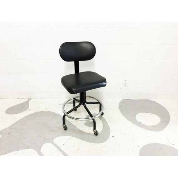 Mid-Century Black Vinyl Industrial Chair - Image 4 of 6