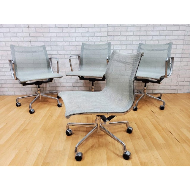 Mid Century Modern Eames for Herman Miller Aluminum Group Chair - Set of 4 Casters and armrest can be removed.