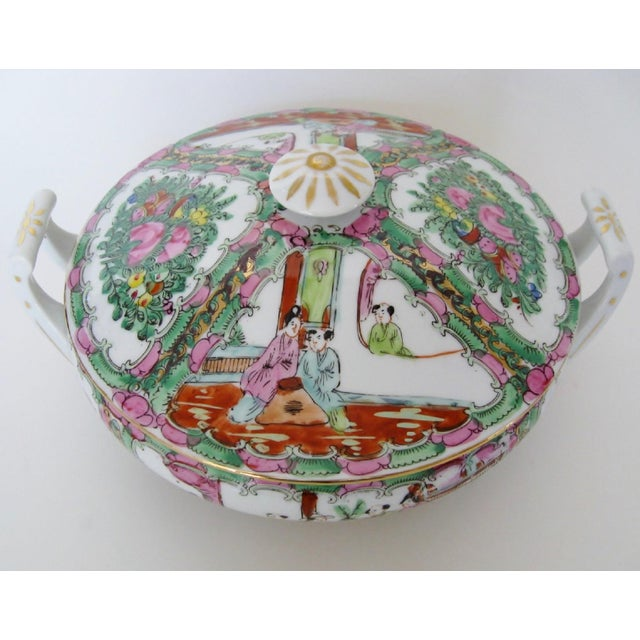 Vintage Rose Medallion Tureen For Sale - Image 4 of 7