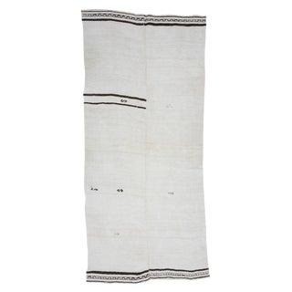 White & Black Vintage Hemp Kilim Rug-4′3″ × 9′4 For Sale