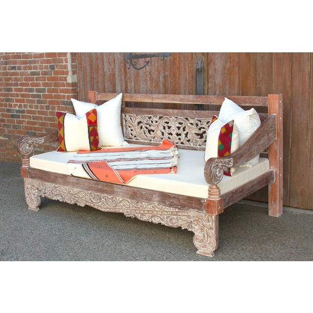 Anglo-Indian Dee Opium Lime Washed Daybed For Sale - Image 3 of 9