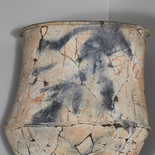 Rustic Blackware Urn From the North East Khorat Plateau For Sale - Image 3 of 5
