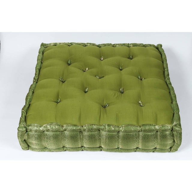 Late 20th Century Oversized Silk Square Green Tufted Moroccan Floor Pillow Cushion For Sale - Image 5 of 6