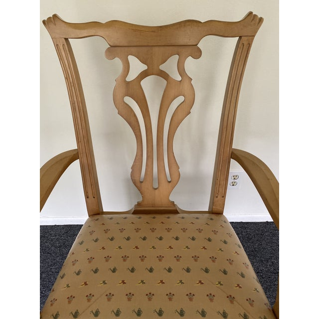 British Colonial 1980s Vintage Traditional Oak Dining Chairs- Set of 8 For Sale - Image 3 of 12
