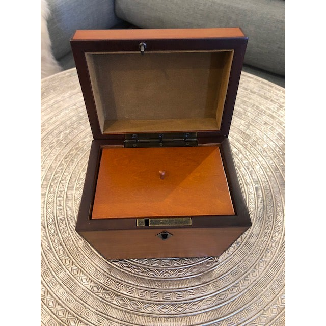 2000 - 2009 Yew Wood Box For Sale - Image 5 of 6