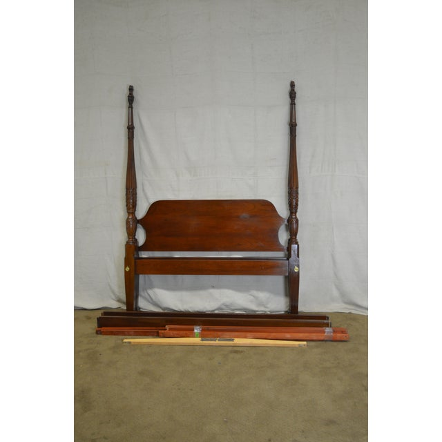 Councill Craftsman Mahogany Queen Size Rice Carved Poster Bed For Sale - Image 10 of 10