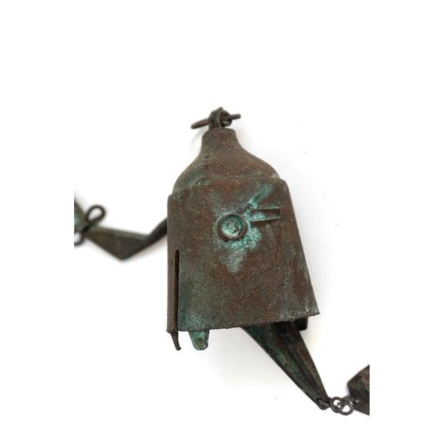 1970s Early Paolo Soleri Original Bronze Wind Chime | Brutalist Bronze Soleri Bell | Consanti Geometric Garden Windbell For Sale - Image 5 of 12