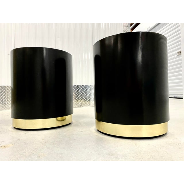Black Lacquer & Brass Cylinder Drum Side Tables - a Pair For Sale In Tampa - Image 6 of 6