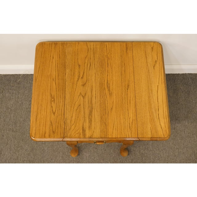 Wood 20th Century French Country Mersman Solid Oak Drop Leaf Accent End Table For Sale - Image 7 of 13