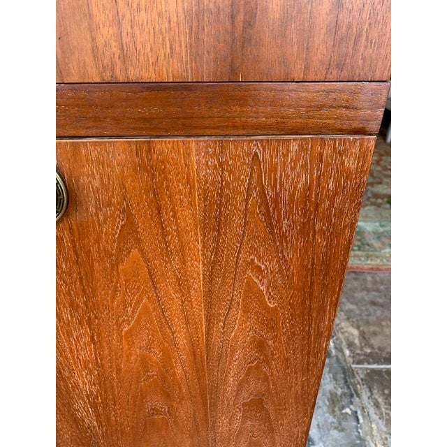 Mid Century Modern American of Martinsville Highboy For Sale - Image 9 of 11