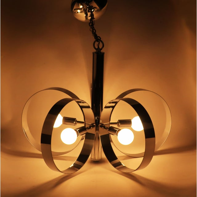 Silver 1960s Mid-Century Modern Chrome Hoop Pendant Lamp For Sale - Image 8 of 11