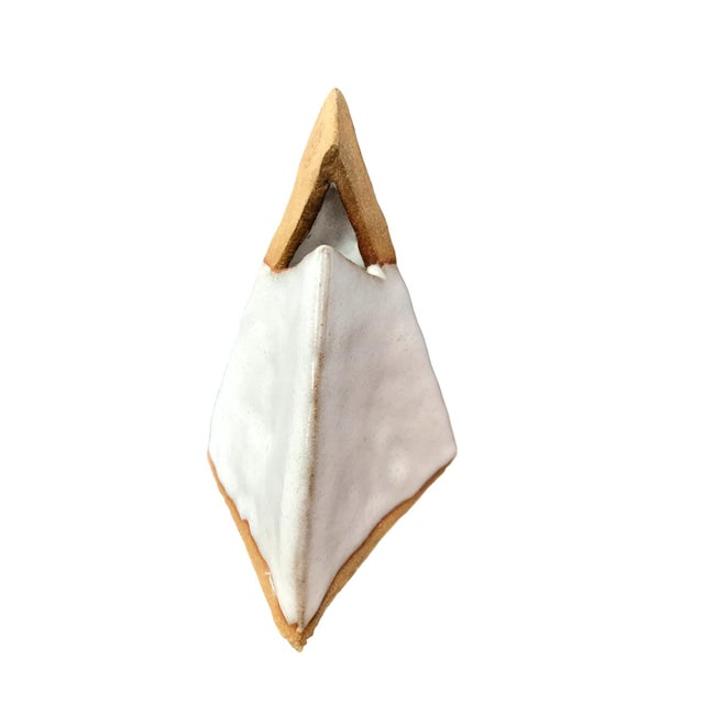 Clay Pottery Pyramid - Image 3 of 8