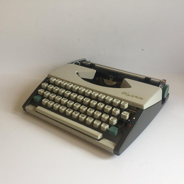 Vintage Olympia De Luxe Typewriter Germany - Image 4 of 11