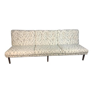 Vintage Knoll White & Gray Sofa For Sale
