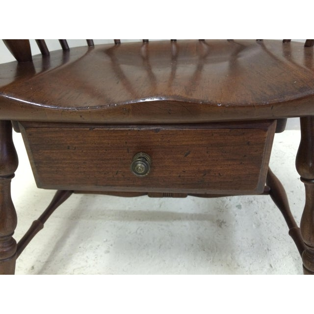 Pennsylvania House Comb Back Windsor Writing Chair For Sale In Philadelphia - Image 6 of 10