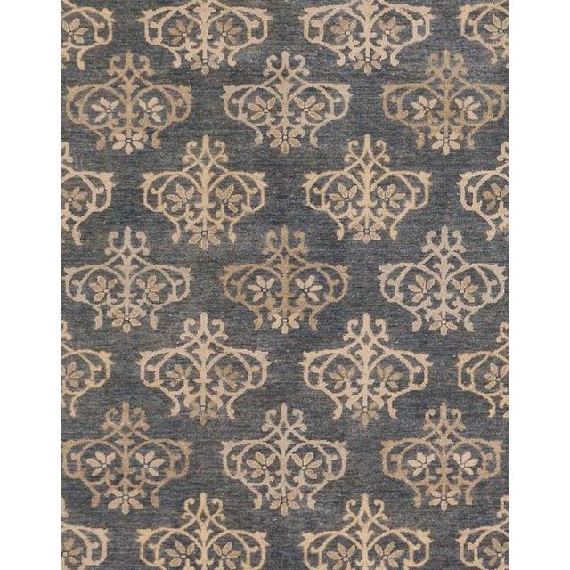 Traditional Kafkaz Peshawar Dante Gray & Ivory Wool Rug - 9'0 X 11'8 For Sale - Image 3 of 7