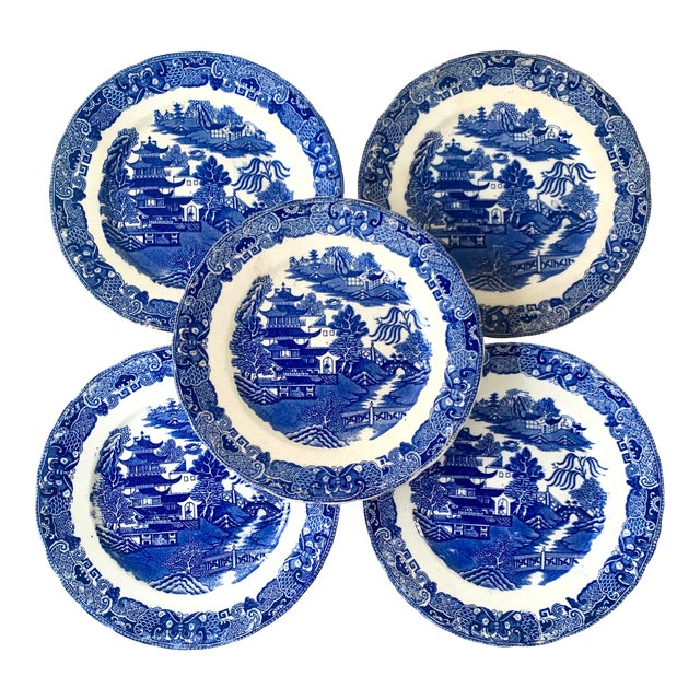 19th Century Broseley England Blue Willow Plates - Set of 5 For Sale