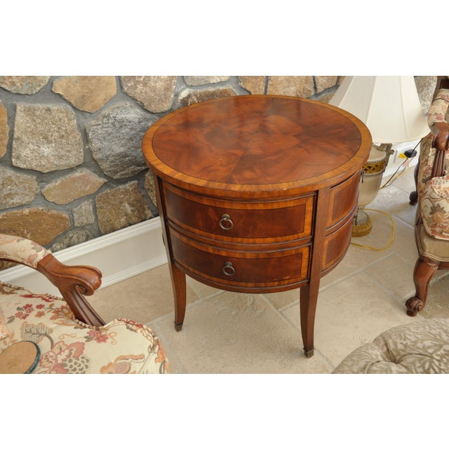 Ethan Allen Newport Collection Osborne Round End Table - Image 2 of 8