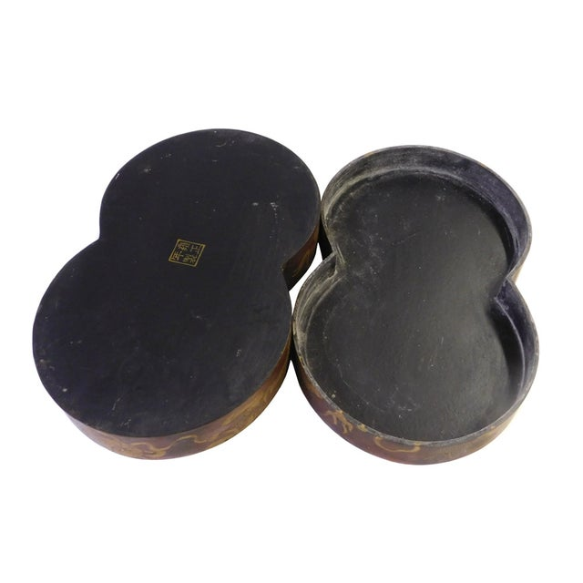 Chinese Brown Lacquer Double Round Painted Box For Sale In San Francisco - Image 6 of 7