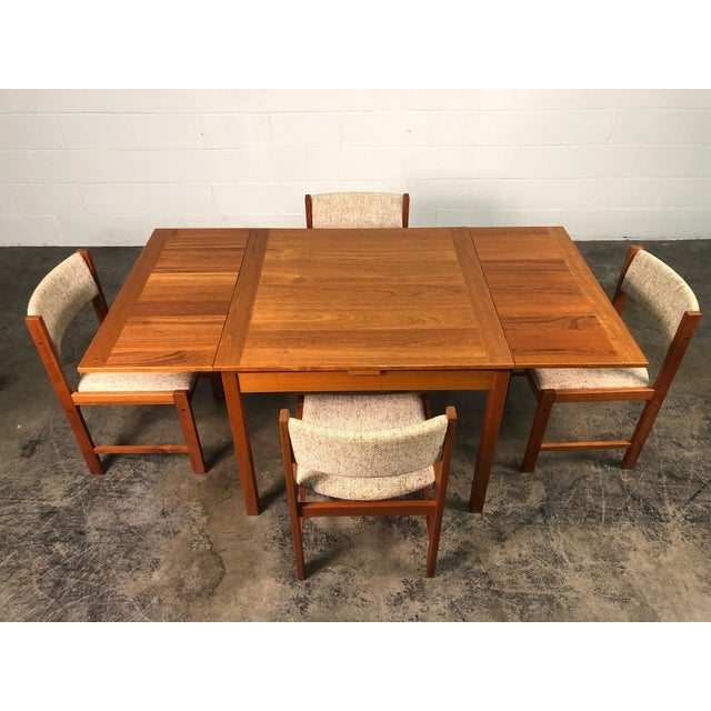 2000 - 2009 Beautiful Teak Mid-Century Style Expandable Dining Table With 4-Chairs For Sale - Image 5 of 11