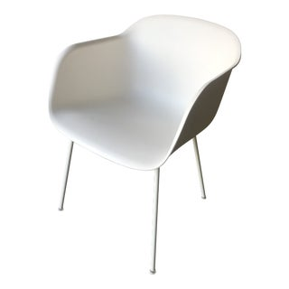 Minimalistic Muuto Fiber Armchair With Metal Tube Base in White For Sale