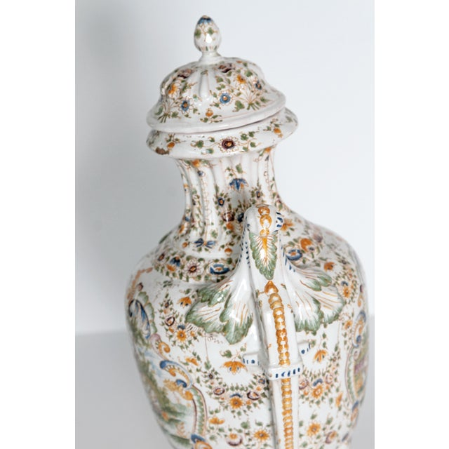 18th Century French Faience Lidded Urn For Sale In Dallas - Image 6 of 11