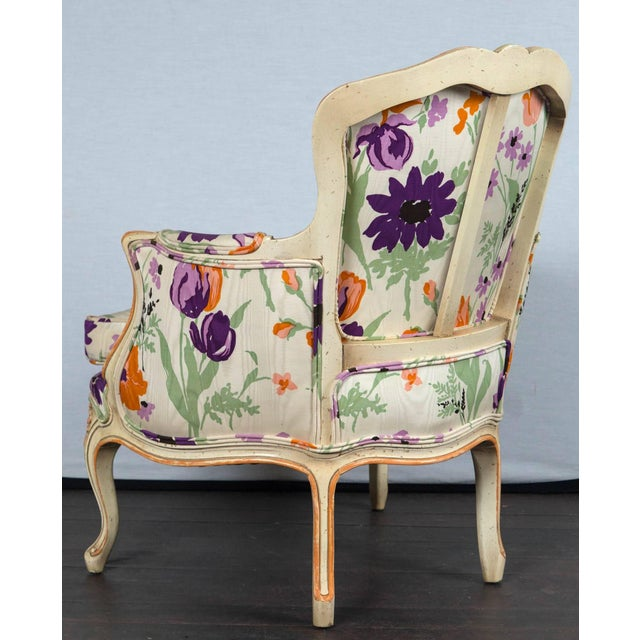 1970s Vintage French Bergere With Woodson Style Fabric- a Pair For Sale - Image 13 of 21
