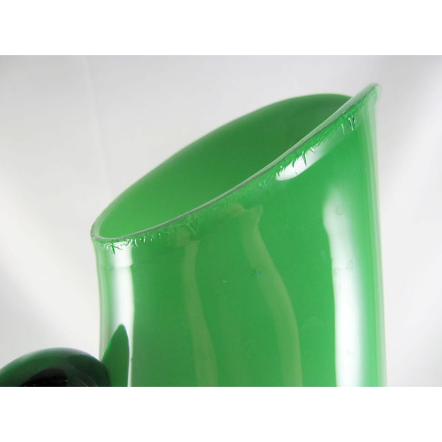 Empoli Cased Green Glass, Swizzle, Verde, Martini Cocktail Pitcher Set - 7 Piece Set For Sale - Image 9 of 12