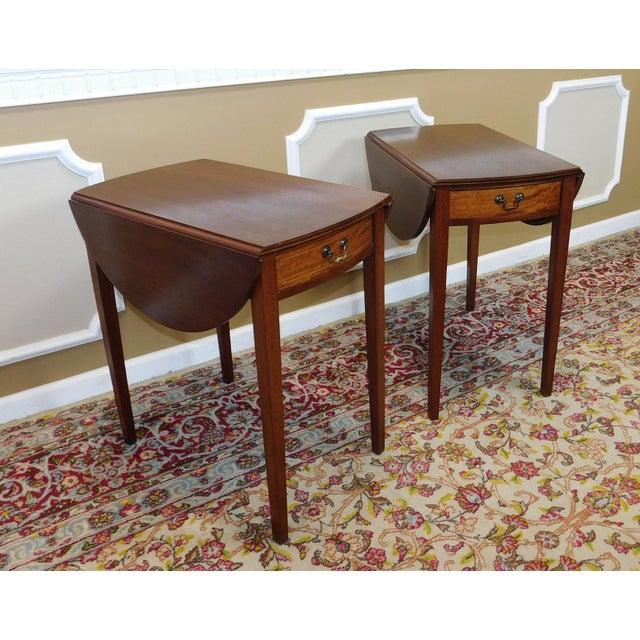 Vintage Federal Style Pembroke Drop Leaf End Tables - Pair For Sale - Image 5 of 9