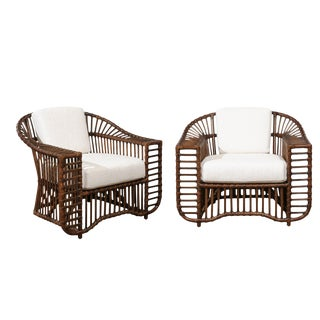 Stellar Restored Pair of Vintage Tiara Lounge or Club Chairs in Tobacco Finish For Sale