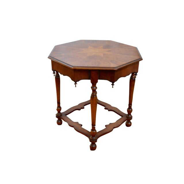 William & Mary Accent Table - Image 1 of 5