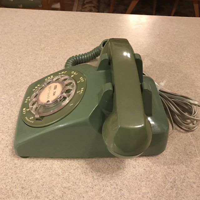 Vintage Western Electric Green 500 Rotary Phone For Sale - Image 5 of 11