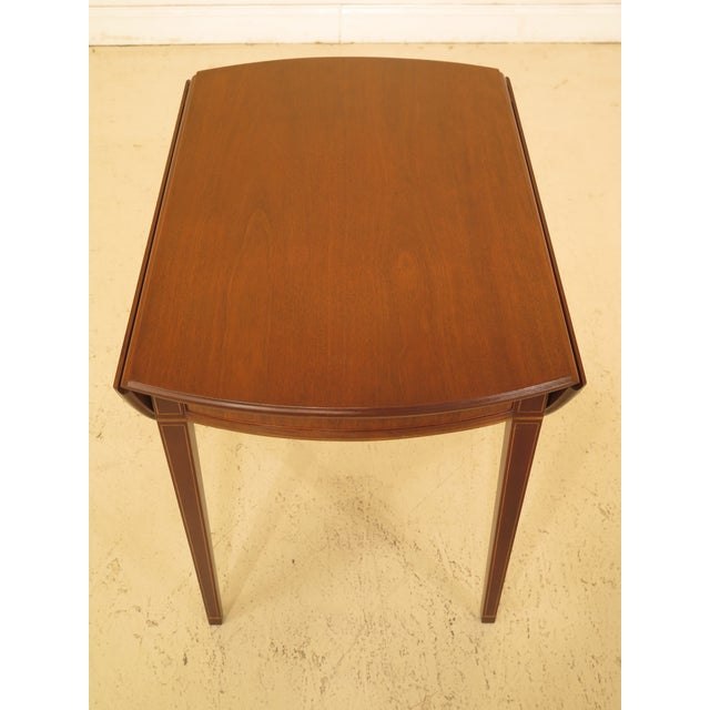 Brown 1940s Federal Kittinger Colonial Williamsburg Mahogany Pembroke Table For Sale - Image 8 of 13